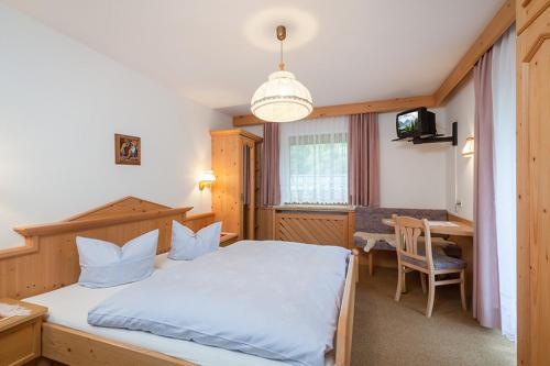 Çift Kişilik Oda - Balkonlu (Double Room with Balcony)