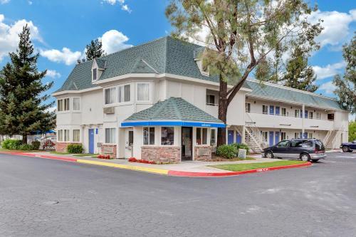 Motel 6 Rohnert Park