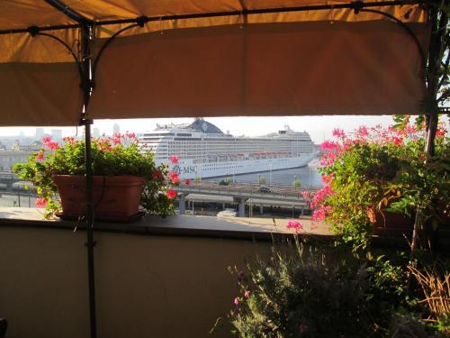 La Terrazza Sul Porto Bed & breakfast Genoa in Italy