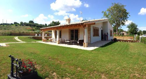foto Villa Elena (Belmonte Piceno)
