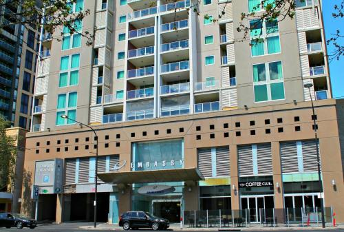 Adelaide DressCircle Apartments - North Terrace photo 5