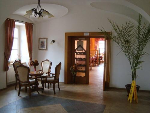 Hotel Z�mecek