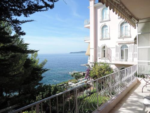 Overlooking the Sea in Cap d'Ail