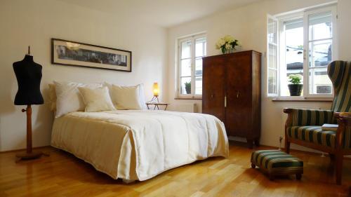 Отель Artist's Altstadt-Apartment Salzburg 0 звёзд Австрия