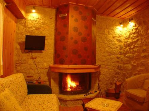 Photo of Ariadne Guesthouse Hotel Bed and Breakfast Accommodation in Aráchova N/A