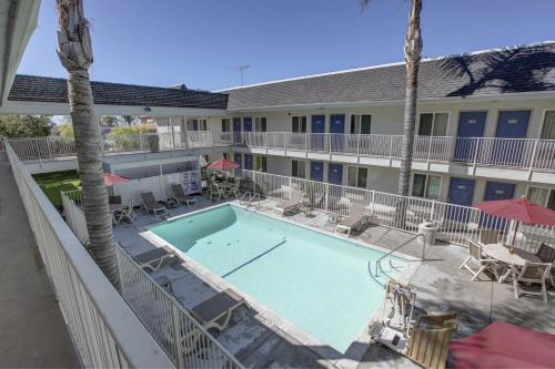 Motel  Westminster Ca
