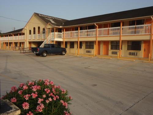 Antlers Inn Goliad