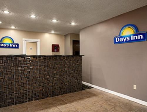 Days Inn Cloverdale