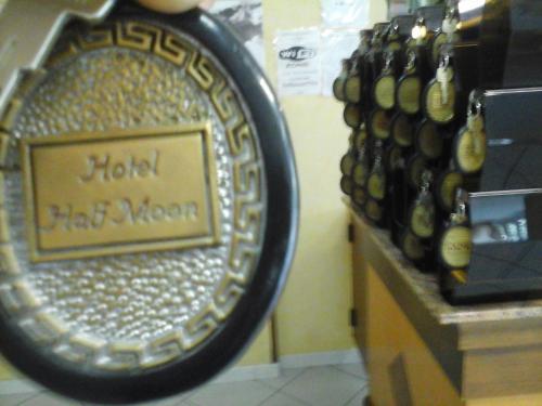 Отель Hotel Half Moon 3 звезды Италия