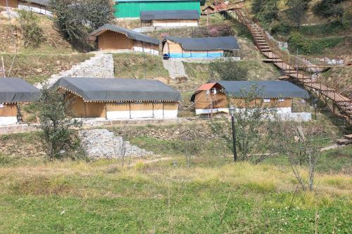 Camping Little Jaguar