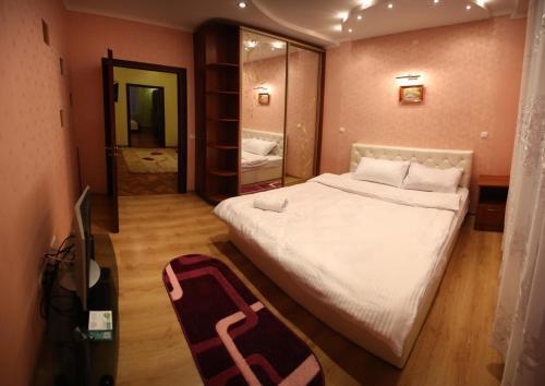 RomanticApartaments ,TWO BEDROOM, Lemberg