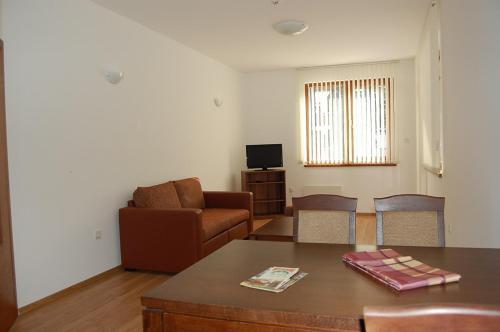 Apartments Rila Park-Konyarski