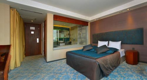Executive Çift Kişilik Oda Balkonlu (Executive Double Room with Balcony)