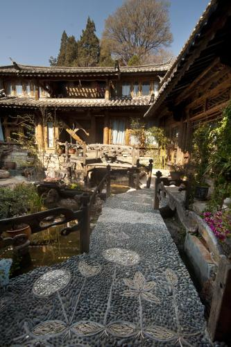 Courier Inn Lijiang