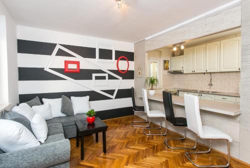 Apartment Panda Greenview