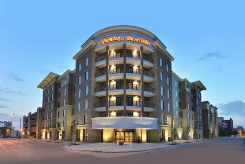 Picture of Hampton Inn & Suites Des Moines Downtown