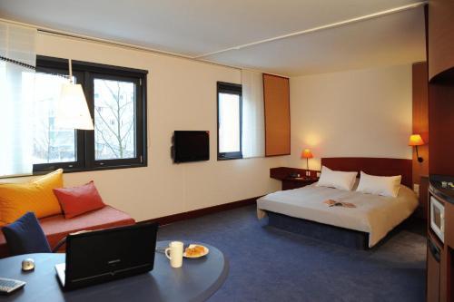 Novotel Suites München Parkstadt Schwabing photo 3
