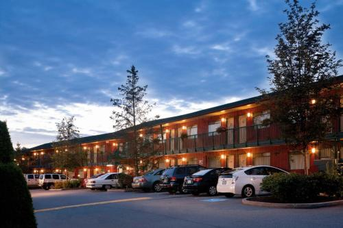 Hotels Close To Abbotsford Airport