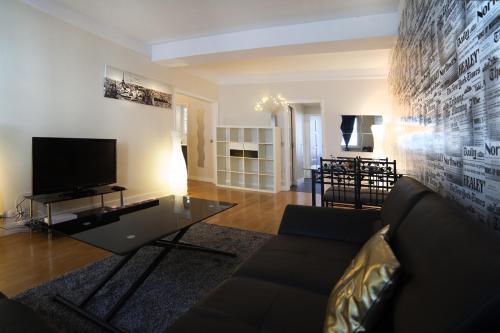 Apartment Champs Élysées
