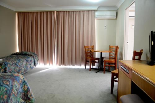 Club Inn Motel