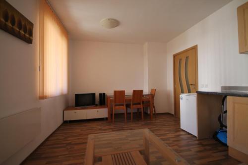 Studio New Estate in Pirin Heights Complex