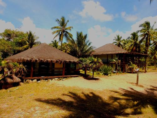 Santana Beach & Farm Bungalows