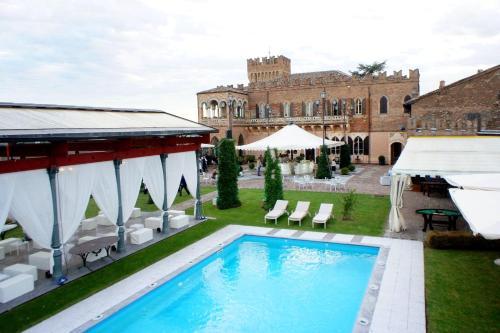 foto Castello Di Mornico Losana (Torricella Verzate)