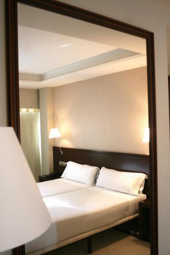 Barcelona Atiram Hotels
