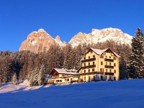 foto Sport Hotel Pocol (Cortina d'Ampezzo)