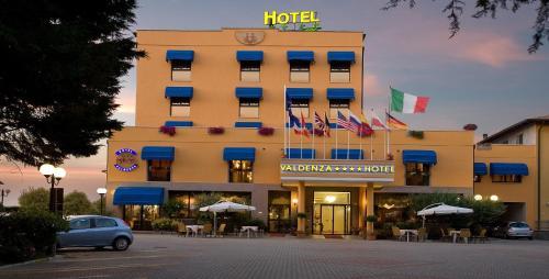 Valdenza Hotel