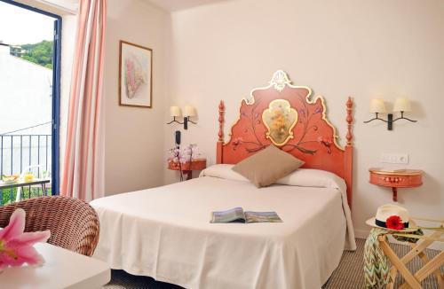 Standard Doppelzimmer Hotel Sant Roc 2