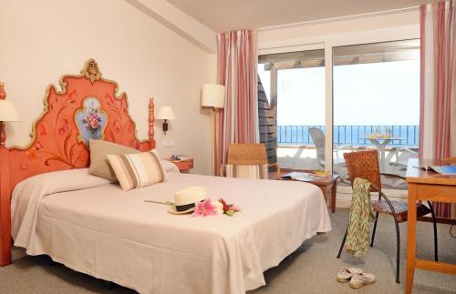 Habitación Doble Superior con vistas al mar Hotel Sant Roc 4