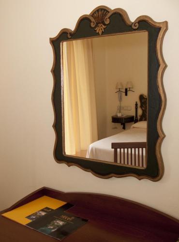 Standard Double Room Hotel Sant Roc 6