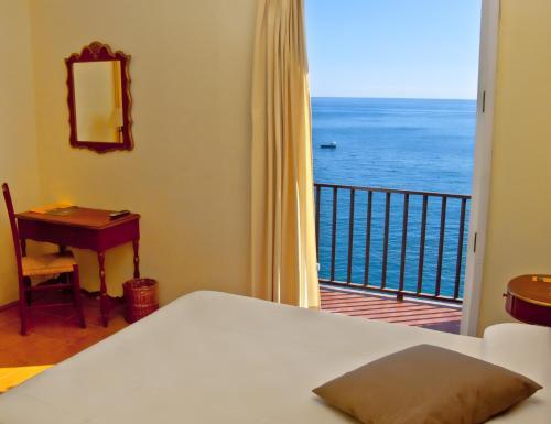 Doppelzimmer mit Meerblick Hotel Sant Roc 1