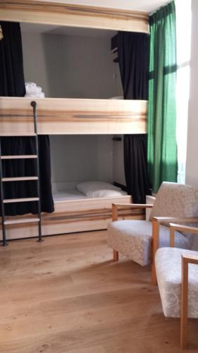 6-Bed Female Dormitory Room with private bathroom