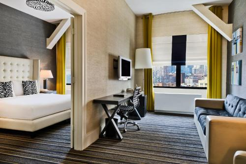 4 starts hotel in New York