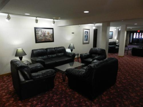 Americas Best Value Inn And Suites-Waverly