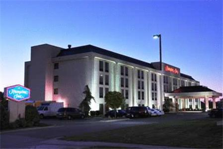 Photo of Hampton Inn - North Platte Hotel Bed and Breakfast Accommodation in North Platte Nebraska