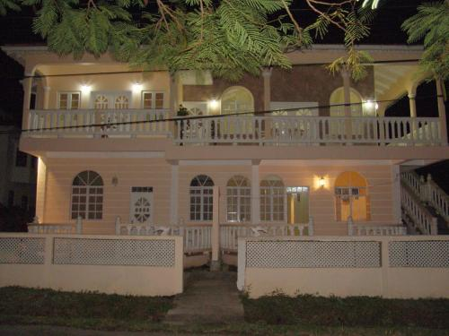 Diamond Villa, Soufrière
