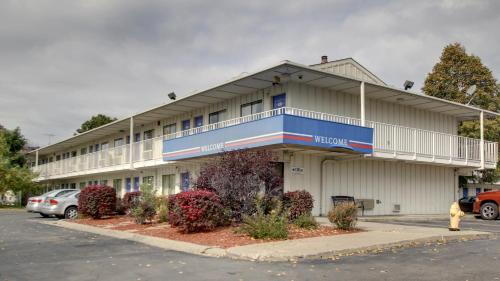 Picture of Motel 6 Des Moines North