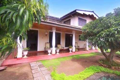 D Tours Home Stay front view