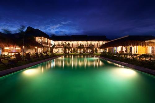 Azure Dive And Yoga Resort