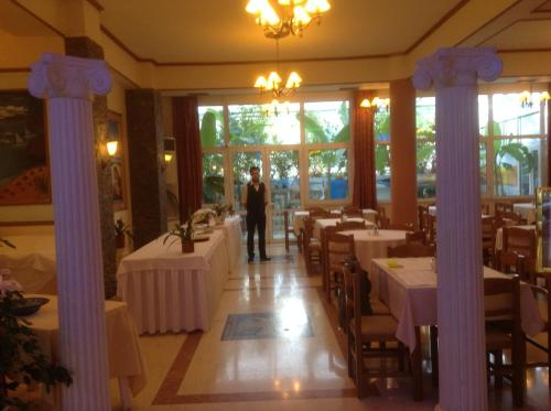 Picture of Hotel Kosta Famissi