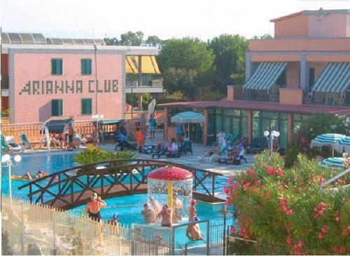 foto Residence Hotel Arianna Club (Foce Varano)
