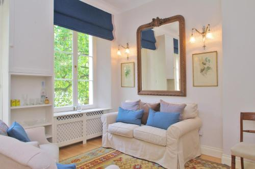 The London Agent - Hyde Park Charm & Comfort