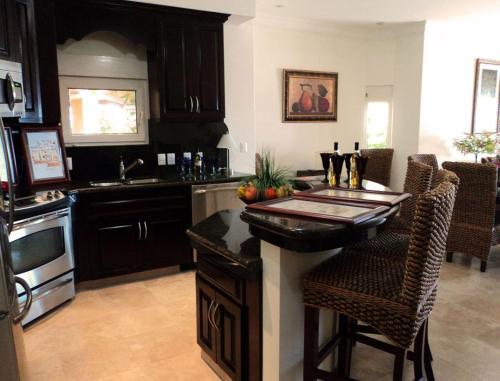 Two Bedroom Apartment by Estrella del Mar 3217