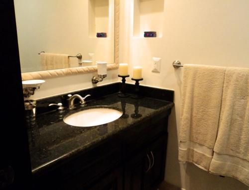 Two Bedroom Apartment by Estrella del Mar 3315
