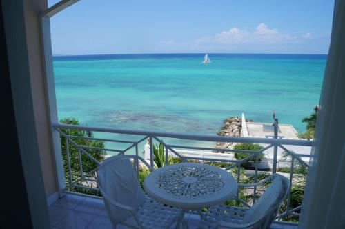 Seagarden Beach Resort All Inclusive Ironshore Montego Bay Rentals And Resorts
