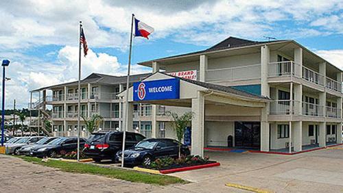 Motel 6 Humble TX, 77338