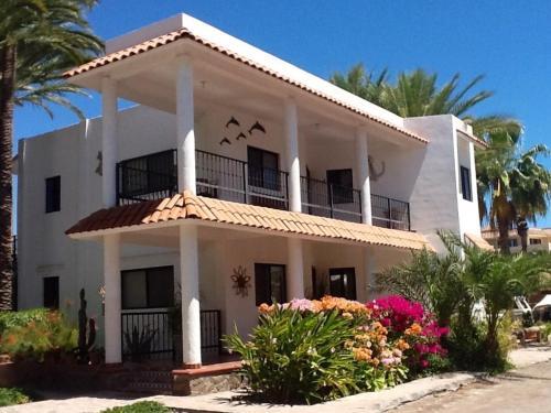 Villa Datil II by Villa Santo Niño